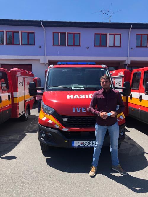 Odovzdávanie hasičského vozidla DHZ Stará Lesná